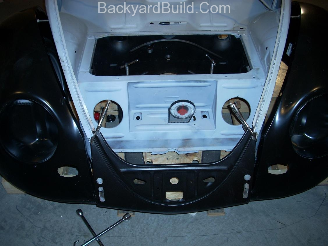 2nd complete fitting of the VW bug sheetmetal over the Toyota MR2 3SGTE motor and custom frame 8