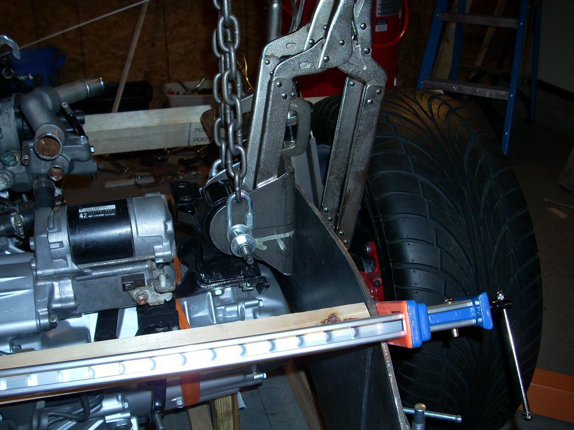 Align engine for motor mount 13
