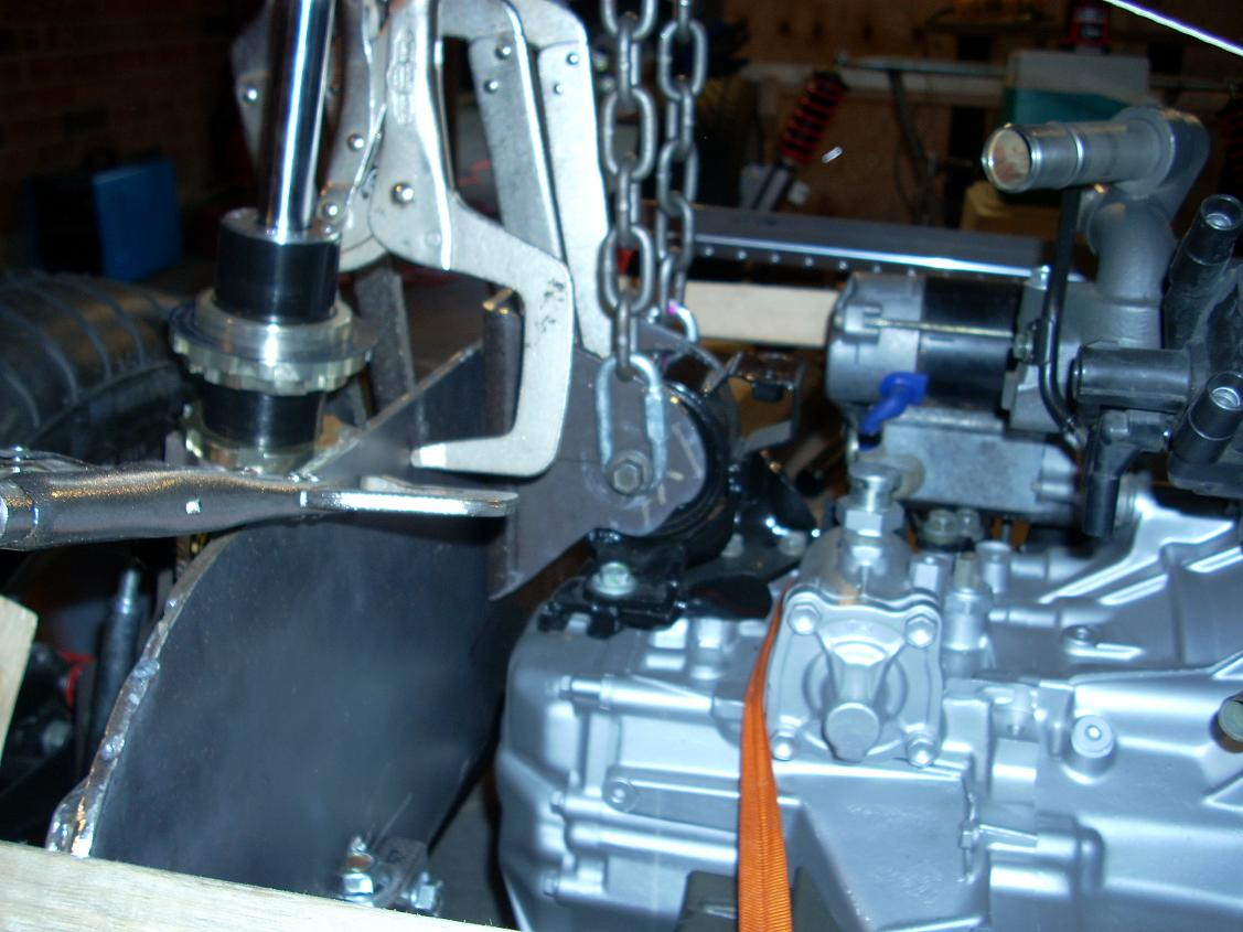 Align engine for motor mount 14